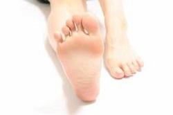 足の指 マッサージ 良い