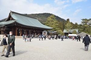 橿原神宮 初詣 混雑