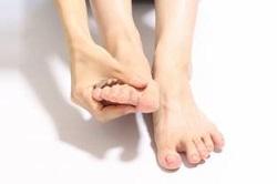 足の指 マッサージ やり方