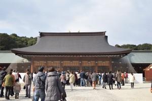 橿原神宮 初詣 参拝客