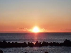 海 日の出
