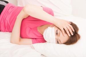 風邪 マスク 寝る 女性