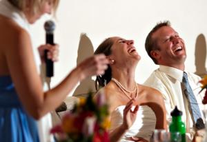 結婚式 新婦友人 スピーチ