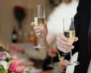 乾杯 結婚式