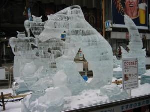 さっぽろ雪まつり 氷像 クマ