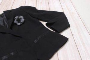 黒のスーツジャケット レディース