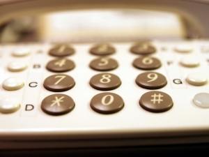 電話 番号