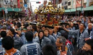 浅草三社祭 町内神輿連合渡御