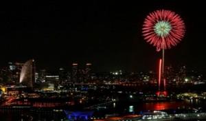 横浜 夜 打ち上げ花火