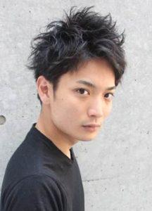 マッシュショート 男性 髪型