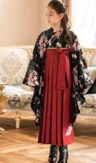 明るい色 濃い色 袴