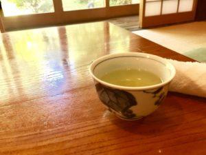 旅館の和室 お茶