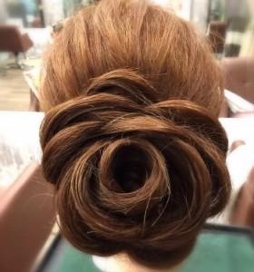 髪型 ロング バラ アレンジ