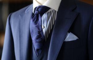 結婚式二次会の男性の服装を20、30、40、50代についてそれぞれご紹介しましたが、いかがでしたか?