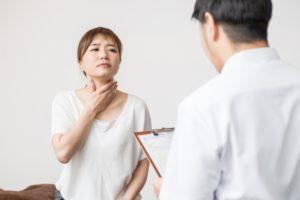 喉の痛み 診察