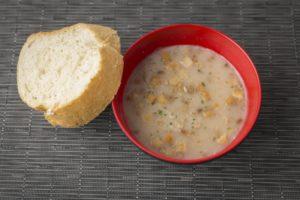ポタージュとフランスパン
