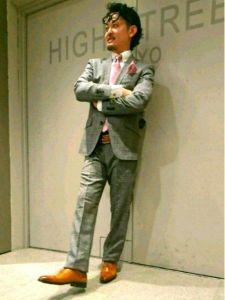 男性 服装 スーツ グレー