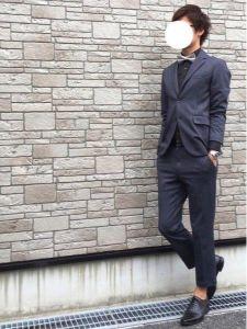 男性 服装 スーツ 蝶ネクタイ カジュアル