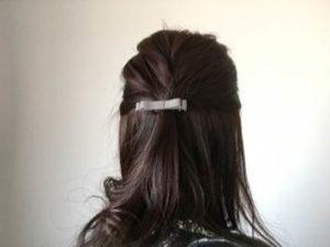 女性 髪 セミロング
