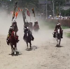 相馬野馬追 甲冑競馬
