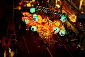 弘前ねぷたまつり 人形ねぷた 夜間ライトアップ