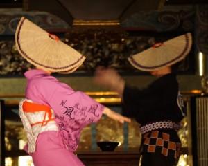 おわら風の盆 男女の踊り子