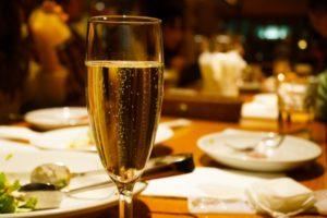 ディナー レストラン スパークリングワイン