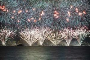 諏訪湖花火大会 豪華な打ち上げ花火