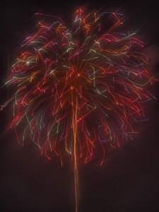 カラフルな巨大打ち上げ花火