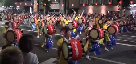 盛岡さんさ踊り 太鼓パレード