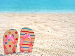 ビーチサンダル 砂浜