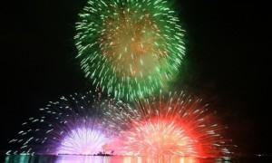 長野諏訪湖新作花火大会