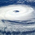 台風一過の意味と使い方。気温上昇や晴天になる理由は?