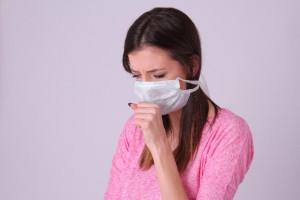 花粉症 マスク 女性