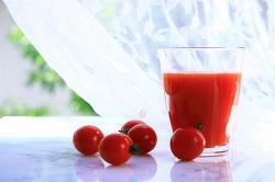 トマトジュース カロテノイド