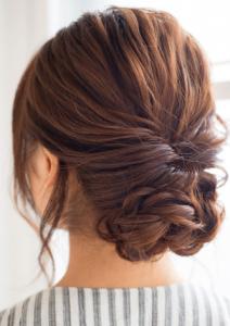 女性 髪型 アップスタイル