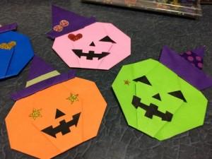 折り紙で作ったジャック・オー・ランタン