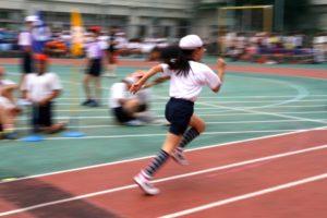 体育祭 走る女の子