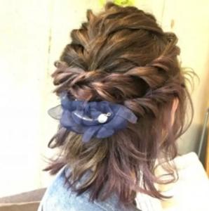ミディアム 髪型 編み込み