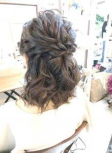 ミディアム 髪型 ハーフアップ
