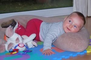 抱き枕 赤ちゃん