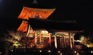 清水寺 西門 ライトアップ