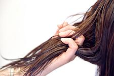 オイルマッサージ 美髪