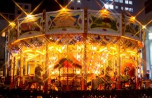 ドイツクリスマスマーケット大阪 メリーゴーランド