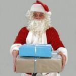 クリスマスプレゼントの予算相場。大学生、社会人の彼女なら?