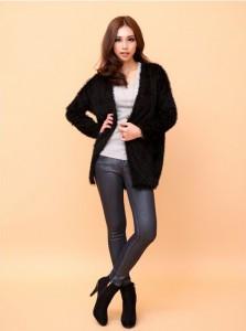 黒のスエードブーツ コーデ 女性