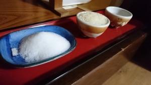 盛り塩 ご飯 お水