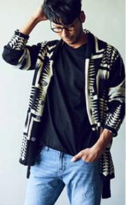 ネイティブ柄のコート デニム 男性 デートファッション
