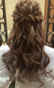 ハーフアップ 髪型