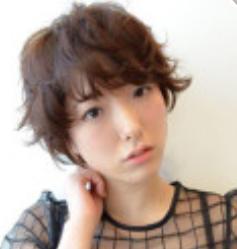女の子 髪型 外ハネショート
